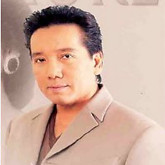 Elvis Phng