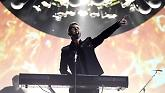 Let In The Sun (BRIT Awards 2015)-Take That