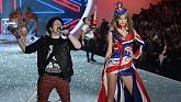 My Songs Know What You Did In The Dark (Light Em Up) (The Victoria Secret Fashion Show 2013) - Fall Out Boy , Taylor Swift