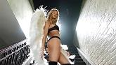 I Knew You Were Trouble (Victoria's Secret Angels Lip Sync) - Taylor Swift