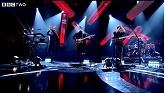 Left Hand Free (Later... With Jools Holland)-Alt-J