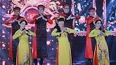 Video Việt Nam Quê Hương Ngày Tết - Yanni