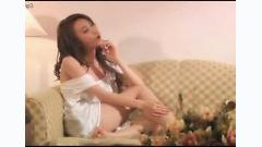 Video Chỉ Yêu Mình Anh - Ngân Khánh