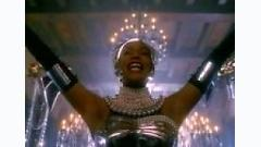 Queen Of The Night - Whitney Houston