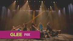 Video You Give Love A Bad Name (Glee Cast Version) - The Glee Cast