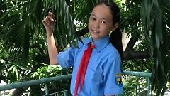 Tựu Trường - Bé Bạch Lê Quỳnh Anh
