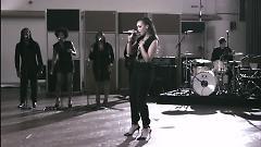 Video Roar (Live From Air Studios) - Rebecca Ferguson