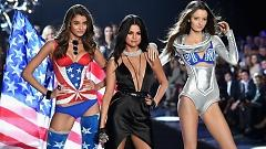Video Hands To Myself, Me & My Girls (The Victoria's Secret 2015 Fashion Show) - Selena Gomez