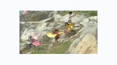 Con Gì - Trúc Linh ft. Mây Trắng