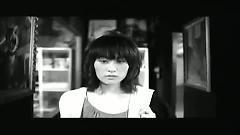 愛是寂寞的一場戲 / Tình Yêu Là Trò Chơi Của Cô Đơn - Lương Hựu Gia