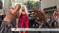 Video Pound The Alarm (Today Show 2012) - Nicki Minaj