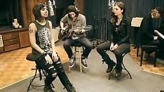 Alive (Acoustic Version) - Krewella