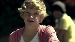 iYiYi - Cody Simpson , Flo Rida