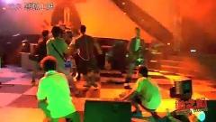 老爺車 / Chiếc Xe Cổ - Ngô Kiến Hào