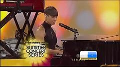 Listen To Your Heart & No One (Live On Good Morning America) - Alicia Keys