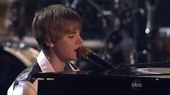Pray (Live At The AMAs) - Justin Bieber