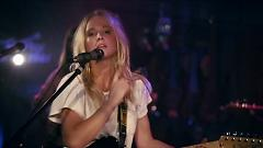 Further Away (Romance Police) (Live In Guitar Center Sessions) - Lissie