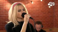 Video Mash Up: Wake Me Up & Cry Me Out (Capital Live Sessions) - Pixie Lott