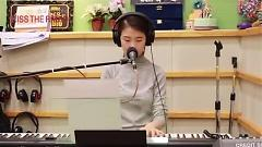 Let It Snow (141210 Kiss The Radio) - Kang Yu Hyun
