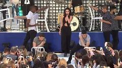 Come And Get It / Me & The Rhythm (Citi Concert Today Show) - Selena Gomez