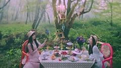 Video WINDY DAY - OH MY GIRL