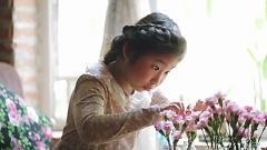 Tuổi Đời Mênh Mông - Bé Ju Uyên Nhi