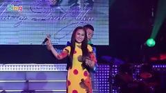 Trách Ai Vô Tình (Liveshow Hương Tình Yêu) - Giáng Tiên