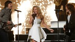 Don't Let Me Be Lonely (The 47th Annual CMA Awards) - The Band Perry