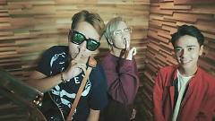 Video Giá Như Anh Lặng Im (Acoustic Cover) - OnlyC, Lou Hoàng, Quang Hùng