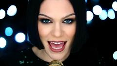 Video Flashlight - Jessie J