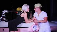 El Taxi - Pitbull  ft.  Sensato  ft.  Osmani Garcia