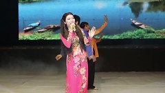 Phải Lòng Con Gái Bến Tre - Kim Linh