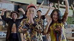 Video Ăn Gì Đây (Version 2) - Mr.T , Hòa Minzy