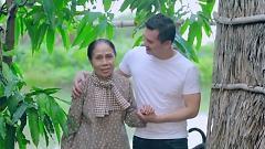 Nỗi Buồn Mẹ Tôi (Phim Ca Nhạc) - Sky Nguyễn