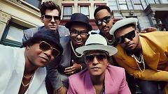 Video Uptown Funk - Mark Ronson, Bruno Mars