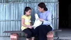 Tình Mẹ Bao La - Bé Ngọc Ngân  ft.  Phượng Loan