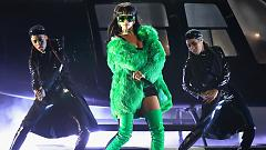 Bitch Better Have My Money (iHeartradio Music Awards 2015) - Rihanna