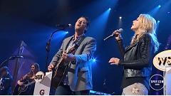 Video Home (Live From The Grand Ole Opry) - Blake Shelton , Miranda Lambert