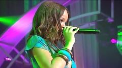 SOS (Live On CD:USA.) - Rihanna
