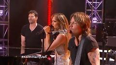 Diamond/ Locked Out Of Heaven (American Idol 2015) - Jennifer Lopez  ft.  Harry Connick ft.  Jr  ft.  Keith Urban