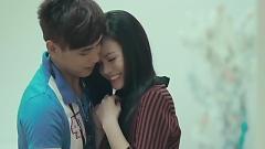 Video Giá Mình Là Người Lạ - Nhật Kim Anh  ft.  Hồ Quang Hiếu