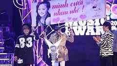 Video Lương Bích Hữu Được Bạn Trai Khánh Đơn Cầu Hôn Trên Sân Khấu Zing Music Awards 2014 - Khánh Đơn , Lương Bích Hữu
