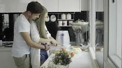 Video Tim Anh Chật Em Phải Đi - Châu Ngọc Tiên