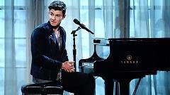 Video Stitches (2016 Billboard Music Awards) - Shawn Mendes