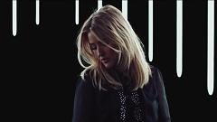 Video Still Falling For You - Ellie Goulding