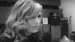 It's A Man's World (Acoustic Live In London) - Leanne Mitchell