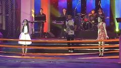 Video Nỗi Buồn Mẹ Tôi, Tình Yêu Màu Nắng (Zing Music Awards 2013) - Phương Mỹ Chi, Đoàn Thúy Trang, BigDaddy