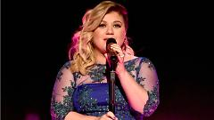 Heartbeat Song (iHeartradio Music Awards 2015) - Kelly Clarkson
