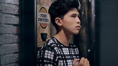 Video Anh Khóc Rồi - Ron  ft.  Julian Khang
