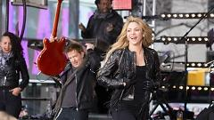 Can't Remember To Forget You (Live On Today Show) - Shakira